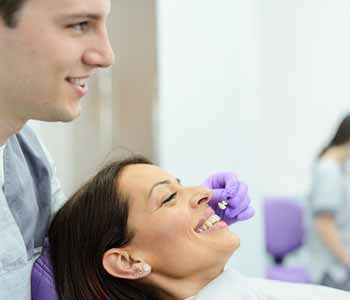A beautiful smile can really improve your confidence and self-esteem. Veneers are just one of the many cosmetic solutions we offer at Dentistry at LaSalle.
